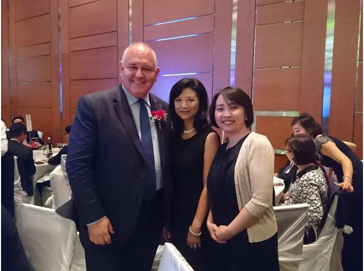 In September 2016, Canadian Markham City Councilor and the mayor warmly welcomed Rubis SPA's R SPA stationing in Toronto, Canada